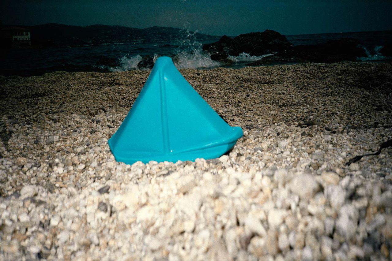 """""""Beach Toys_01"""", 2011 - 120 x 80 cm"""
