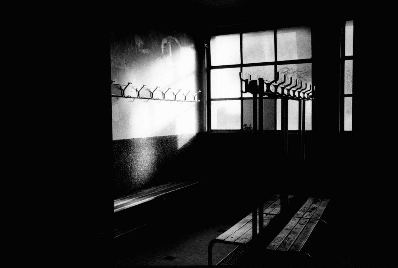 """""""Vestiaires"""", STADE, 2004"""