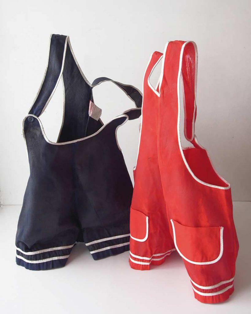"""Untitled"" ( 1AB ), Twins, 2015 - 2 x (16 x 20 x 20 cm) - fabric, resin"